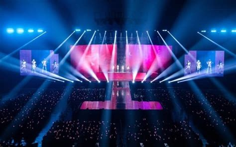 black pink successfully open    solo concert