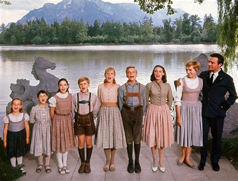 Limited filming for scenes was also done in studio in california, as well as a few scenes in bavaria, germany. Julie Andrews in 'The Sound of Music' spreads magic (1965 ...