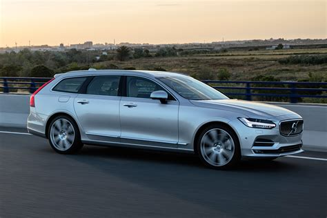 New Volvo V90 Estate 2018 Review Pictures Auto Express
