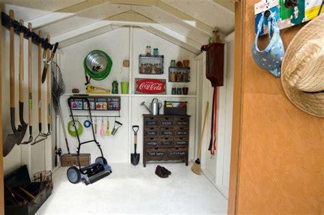 Stauraum Fuer Die Garage Richtig Verstauen Und Lagern by Gartenger 228 Te Und Gartenzubeh 246 R Tipps Zur Lagerung Und Pflege
