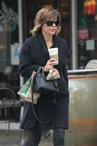 LISA RINNA Out for Coffee in Beverly Hills 01/04/2017 ...