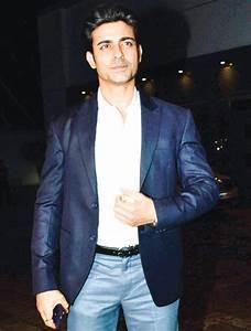 Karan Patel throws fit at Divyanka Tripathi's post-wedding ...