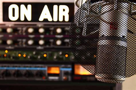 Top 10 News Radio Stations in NY, LA & Chicago - Cision