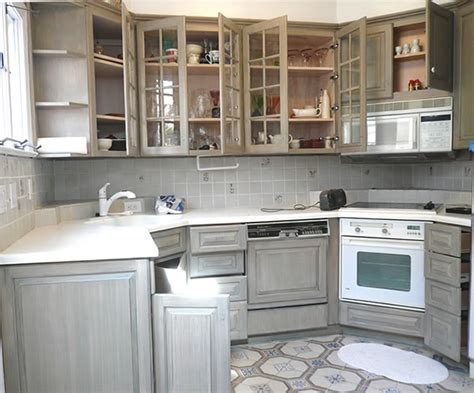 distressed kitchen cabinets pictures distressed kitchen cabinets casual cottage