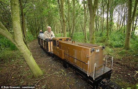Ride On Backyard Trains by Pensioner Obsessed By Trains Forks Out 163 22 000 On His Own
