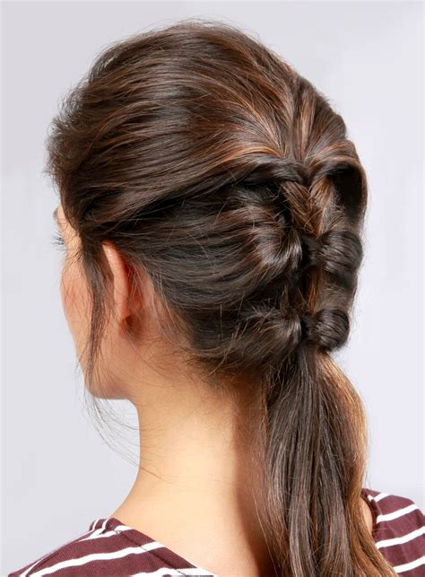 Easy Hairstyles For by 16 Easy Hairstyles For Summer Days The Everygirl
