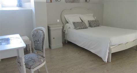chambre d hote la bastide chambres d 39 hôtes la bastide à jean soleymieux 28756