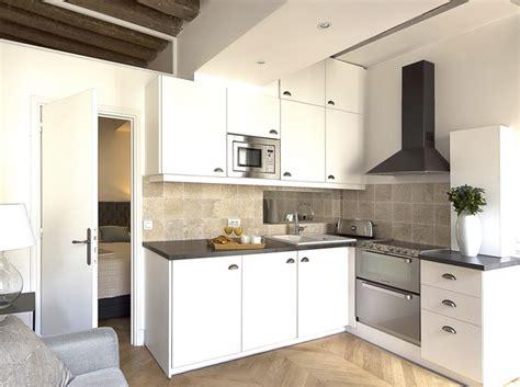 cuisine pour appartement relooking d 39 un petit appartement au coeur du marais