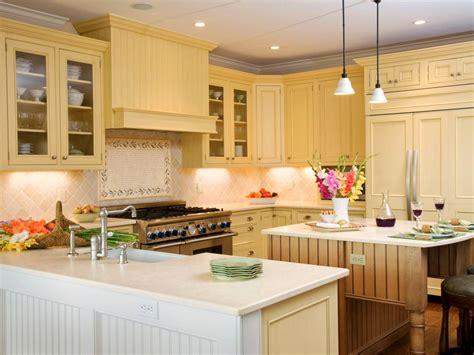 u shaped kitchen cabinets u shaped kitchens hgtv 6471