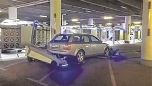 Langzeit Parken Düsseldorf Flughafen : flughafen d sseldorf dieser roboter r umt im parkhaus auf ~ Kayakingforconservation.com Haus und Dekorationen