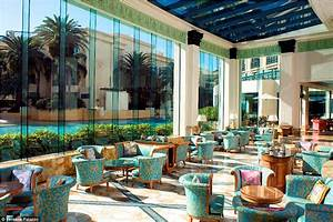 Inside The Palazzo Versace Hotel that Paris Hilton calls