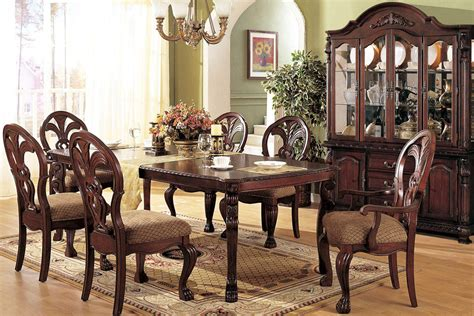 french sytle dining room decoration with vintage furniture