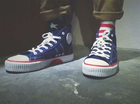 Sepatu Merk Warriors yuk nostalgia ingat 7 merk sepatu 90an yang hits abis di