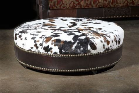 Cowhide Furniture Wholesale by Best 25 Cowhide Ottoman Ideas On Southwestern