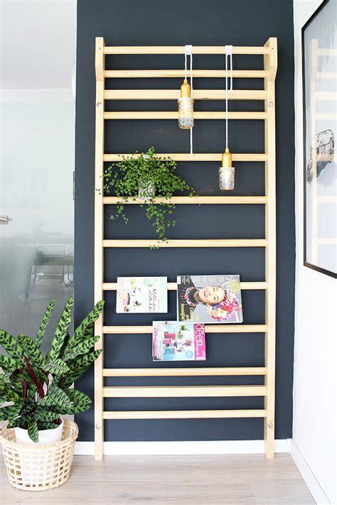 Deko Für Wohnzimmer by Einrichten Eine Sprossenwand Als Deko Im Wohnzimmer Einsetzen