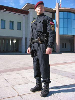 mek polizei gehalt