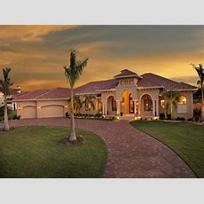 4 Bedrm, 4934 Sq Ft Tuscan House Plan #1751150
