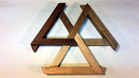 penrose triangle expandable trivet  elyasaf shweka