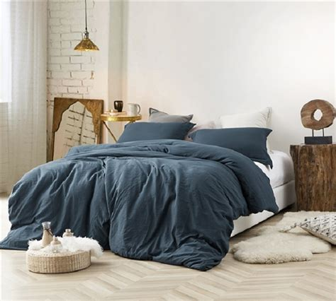 high quality extra thick twin xl queen  king bedding