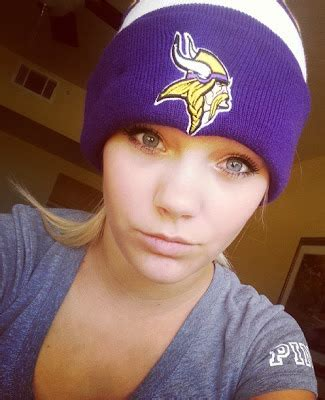 beauty babes nfl selfie edition minnesota vikings sexy