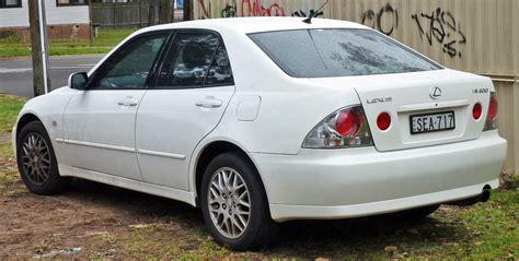 lexus sedan 2005 file 1999 2005 lexus is 200 gxe10r sedan 02 jpg