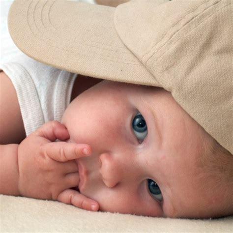 pourquoi bebe tete sa
