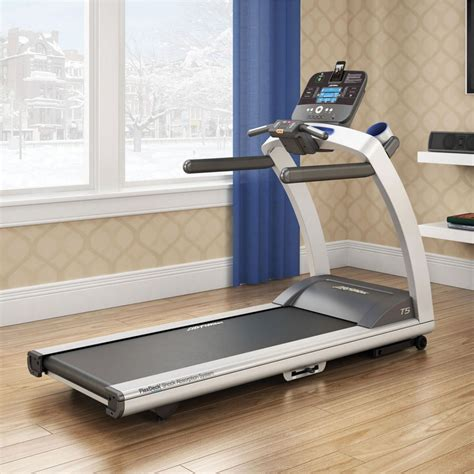 life fitness  treadmill  track connect console