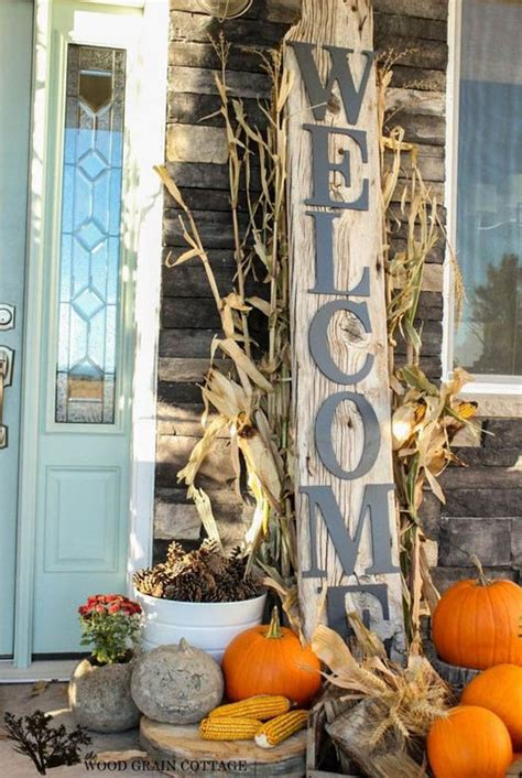 30 Eyecatching Outdoor Thanksgiving Decorations Ideas