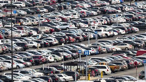 free parking at philly airport for travelers who share