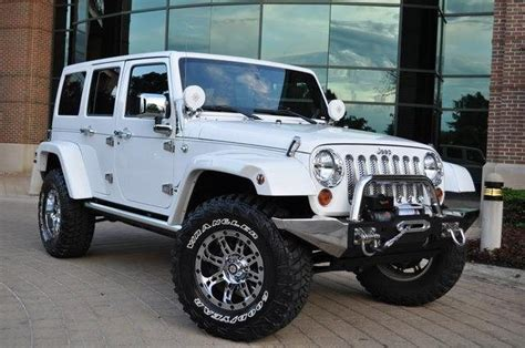 jeep wheels and tires chrome 25 best ideas about 35 inch tires on pinterest lifted