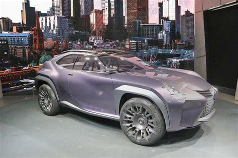 Lexus Downsizes With New Ux Suv Concept Thedetroitbureaucom