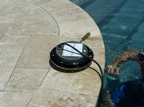 how to replace a pool light fixture inyopools