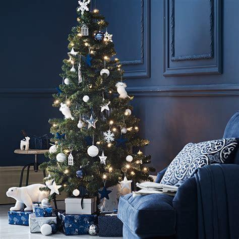 christmas tree decorations sainsburys christmas decorating