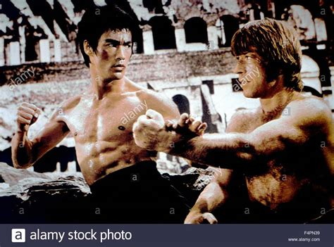 chuck norris and bruce lee fight bruce lee and chuck norris fury of the dragon 1972