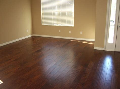 textured wood floor in living room   Hardwood Floors Inc