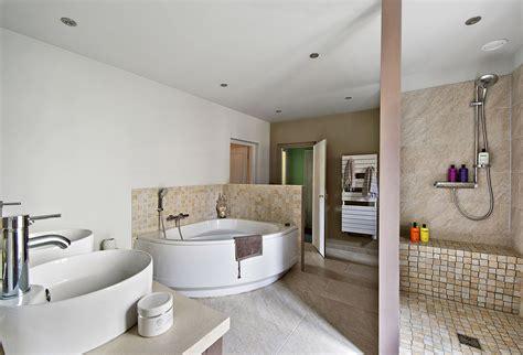 renover une chambre rénovation salle de bain relooking salle de bain maison