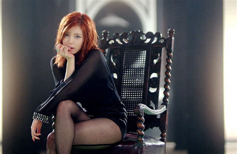 check out hyoseong s dance practice video for good night kiss koogle tv