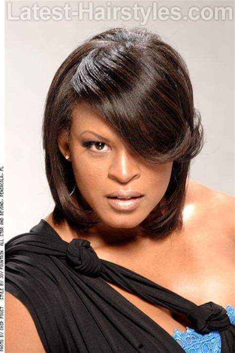 Medium Length Hairstyles For Black With Faces by 20 Black S Hairstyles For Square Faces