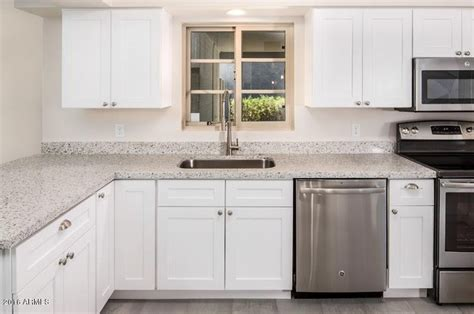 kitchen islands cabinets quartz countertops cabinets appliances kitchen