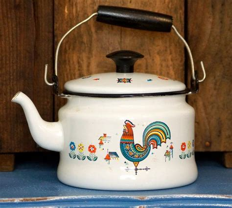 country kitchen kettle vintage berggren enamel rooster tea kettle country 2826
