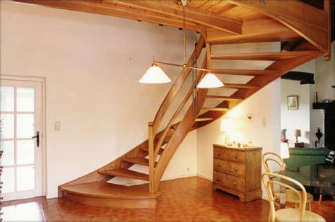Escalier En Hetre Ou Chene by Mev Sprl Escaliers Balanc 233 S Ou Tournants Classiques Avec