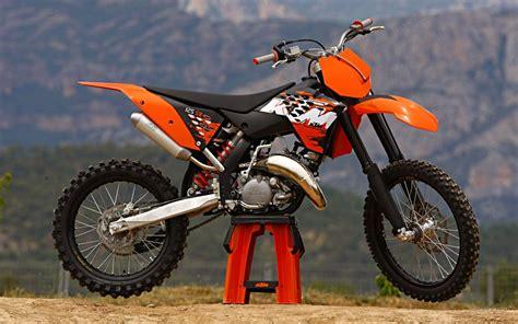 2015 Yamaha Dirt Bike Models Photos