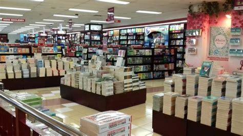 buku terlaris  toko buku gramedia solo tribun solo