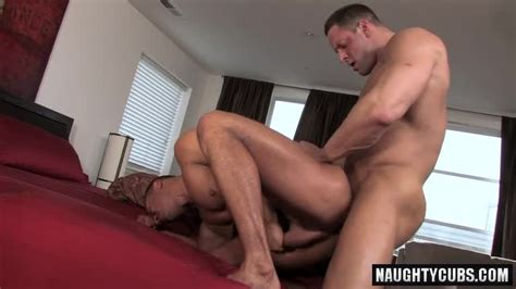 Latin Gay Oral Sex With Cumshot