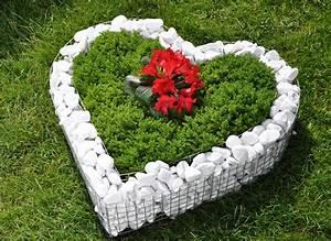 Herz Mit Blumen : korb herz deko garten schale grab pflanzen bertopf blumen blumentopf neu ebay ~ Frokenaadalensverden.com Haus und Dekorationen