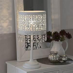 Lampe Mit Kristallen : tischlampe marrakech wei aus metall mit orientalischem muster und kristallen ~ Orissabook.com Haus und Dekorationen