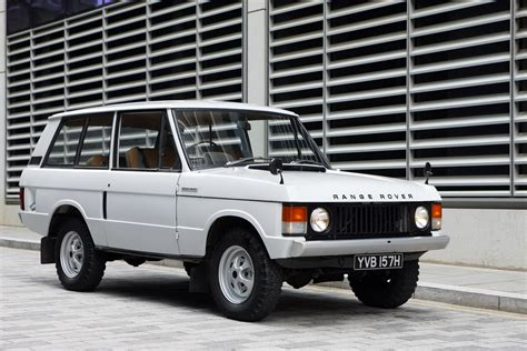 video  years   range rover   minutes