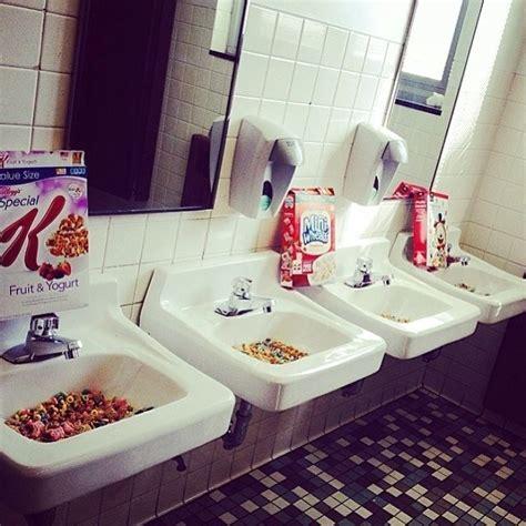 bathroom prank ideas 10 amazing senior prank ideas teen vogue