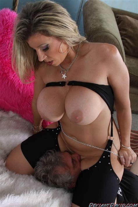 Big Ass Big Tits Milf Hd