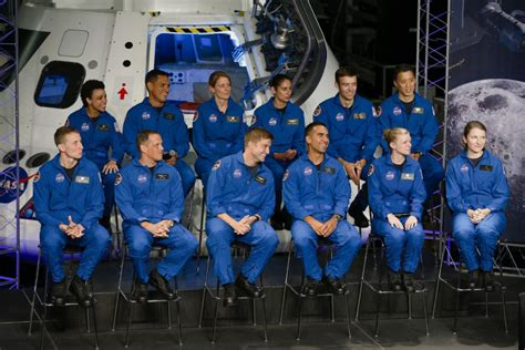 Nasa Picks 12 New Astronauts From More Than 18,000